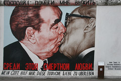 the kiss (silviacafarelli) Tags: city white black berlin muro art wall kiss gallery colore arte murals plate erich east impact written murales bianco nero bocca galleria bacio est citt targa berlino honecker scritte sulla leonid remained bacia segretario impatto rimasto pcus brene