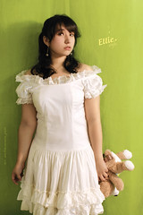 ellie´s (Wilson Cáceres ®) Tags: bear girls woman white cute green love girl beauty happy oso design pretty foto graphic sony stock style modelo ellie lolita chrome cannon wilson camila lovely cuteness fotografia diseño vestido crhome grafico beautyfull caceres naturalcreativestudios