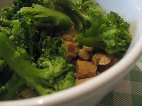 Mushrooms, broccoli and pearl barley