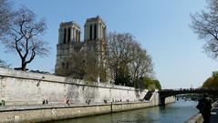 Cathdrale Notre Dame de Paris (PatMargat) Tags: paris france french frankreich capitale francia notredamedeparis pars iledelacit laseine quaideseine cathdralenotredamedeparis   capitaledelafrance
