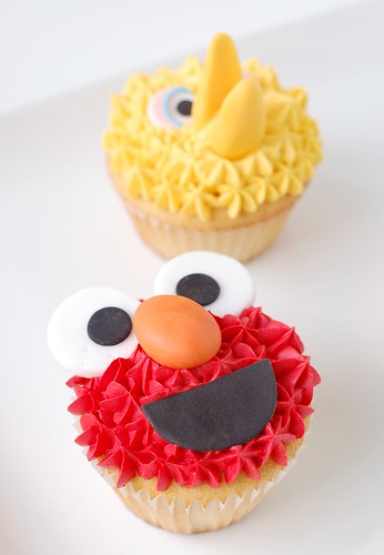 A Baby Shower - Elmo & Big Bird cupcakes