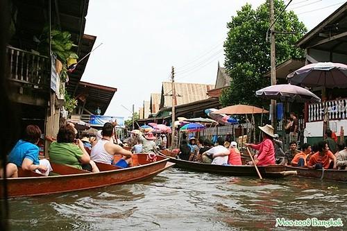 Dammnoen Saduak Floating Market-14