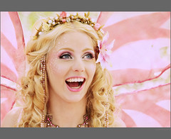 ~ Jolien (CellarDoor56) Tags: portrait people holland netherlands costume utrecht nederland elf event fairy fantasy portret eff haarzuilens dehaar mensen fantasie kostuum elffantasyfair evenement elffantasyfairhaarzuilens2010 20100092