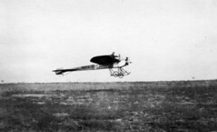 Heinrich (Bros.) : Model A (San Diego Air & Space Museum Archives) Tags: modela airplane aircraft aviation heinrich aviators aeronautics monoplane sdasm albertheinrich albertsheinrich heinrichaeroplanecompany heinrichmodela arthuroheinrich arthurheinrich heinrichbrothers