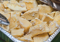 Gollai Åppan Lemmai (Breadfruit in Coconut Milk)