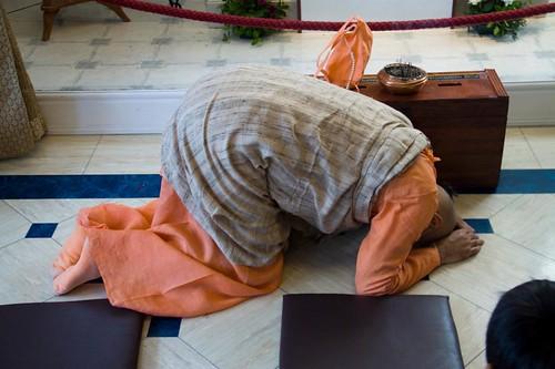 H H Bhakti Caru Swami 2010 - 0034 por ISKCON desire tree.