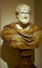 Rom, Palazzo Altemps, Aristoteles (Aristotle) (HEN-Magonza) Tags: italien italy sculpture rome roma italia skulptur rom aristotle museonazionaleromano palazzoaltemps aristoteles ludovisicollection sammlungludovisi