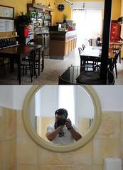 [il maniaco dei bagni] Osteria dell'Ago (Urca) Tags: portrait self italia u autoritratto riflesso ritrattidalmondo ilmaniacodeibagni nikondigitalefilippetta maggio2010 bettolalocbramano osteriadellago