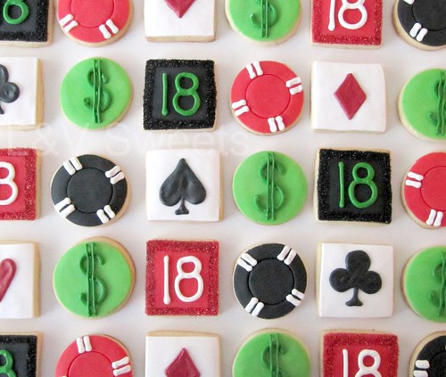 Mini poker cookies