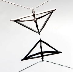 Fotos do evento Monumentos de Brasilia. Foto numero  da designer de joias de Patricia Madeira, de Brasilia, DF, que cria colecoes de joias, aneis, brincos, pingentes, braceletes e outras joias de vanguarda.