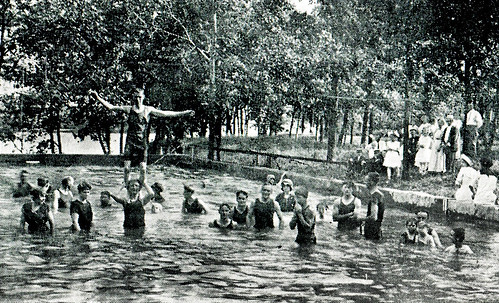 Joplin swimming pool circa 1913
