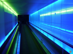 Tunnel  (sring77) Tags: night shanghai expo nacht leer    menschenleer nationalday nationalfeiertag  tagderdeutscheneinheit expo2010  germanypavillion deutscherpavillon  germanunityday  balancity