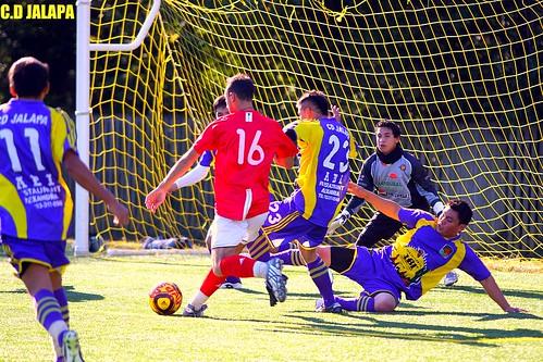 Jose Esteban con Jalapa en cuartos de final contra Toluca
