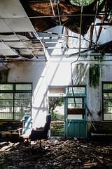 R0035845 (蔡同咨) Tags: 廢墟 ruins 廃墟 台湾 taiwan light shadow ライト 光 廢棄 荒蕪 abandoned barren