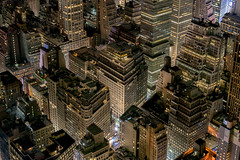 City puzzle (R.o.b.e.r.t.o.) Tags: nyc manhattan newyorkcity statiunitidamerica united states usa empirestatebuilding grattacieli skyscrapers cityscape paesaggiourbano city skyline strade streets building night architecture notte luci lights