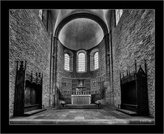 Sony A7RII with Sony 16-35mm Vario-Tessar T FE F4 ZA OSS (Dierk Topp) Tags: a7rii a7rm2 bw ilce7rii ilce7rm2 architecture monochrom ratzeburg sw sony superwide ultrawideangle wideangle churches
