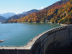 Kurobe Dam (tanxiaolian91) Tags: japan japanesealps hike mountains koyo lake tree