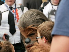 Memories being made at York Comicon 😊 (Powderpuff GP) Tags: fancydress people comicon york chewbacca