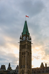 Parliament of Canada (saebaryo) Tags: canoneos5dmarkiii canon 5d3 5diii canon2470mmf28l 2470mm parliamentofcanada parliamenthill sky clouds tower building architecture sunset ottawa canada cloudy