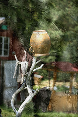 Pot (ZenonasM) Tags: pot summer rain droplets painting