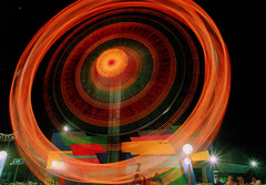 Happy Place (Ree Joie) Tags: longexposure carnival fab philippines manila nikonfm10 ferriswheel happyplace bulbsetting nightphotogrpahy reejoie