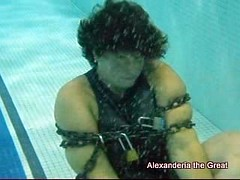 PA16011351-27 (Alex_EA) Tags: alex chains artist underwater escape view magic breath great barrel wear full darby worldwide shackles relay hold handcuffs drowning magician houdini alexanderia
