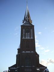 Weurt, Sint Andreaskerk (Stewie1980) Tags: winter snow tower church netherlands cemetery saint toren sneeuw nederland sint andreas finepix fujifilm kerk gelderland kerkhof weurt a700 fujifilmfinepixa700