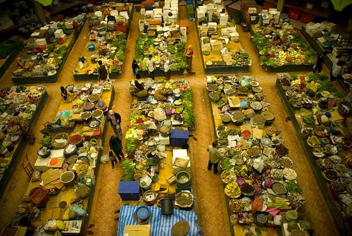 Pasar Siti Khadijah, Kota Bharu by divesweeper.