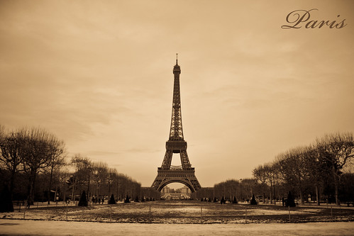 Paris postcard img 9685 sepia