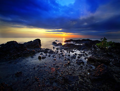 March of the Clouds (vedd) Tags: longexposure sunset beach canon eos malaysia dri portdickson 4xp nonhdr 400d hoyand400 vertorama vedd
