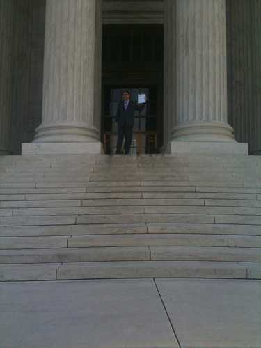 Alan Grayson delivers signatures to the Supreme Court