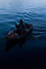 aquel que navega en tus aguas (ivan castro guatemala) Tags: lake lago volcano maya guatemala atitlan centralamerica guate volcan indigena solola tzutujil chapina americacentral ivancastroguatemala ivanaire chapinlandia visitguatemala guatemalanphotographer fotografoguatemalteco guatemaya aprendefotografia shutterguatemala iloveguatemala