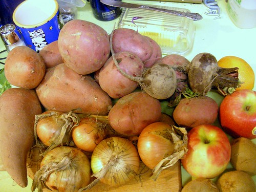 Potatoes, Yams, onions, beets, apples, oranges, kiwis