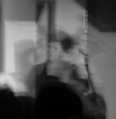 Psychedelic Miranda (Will Plant) Tags: 100club the100club showofhands mirandasykes