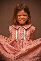 [フリー画像] 人物, 子供, 少女・女の子, 笑顔・スマイル, アメリカ人, 201010061300