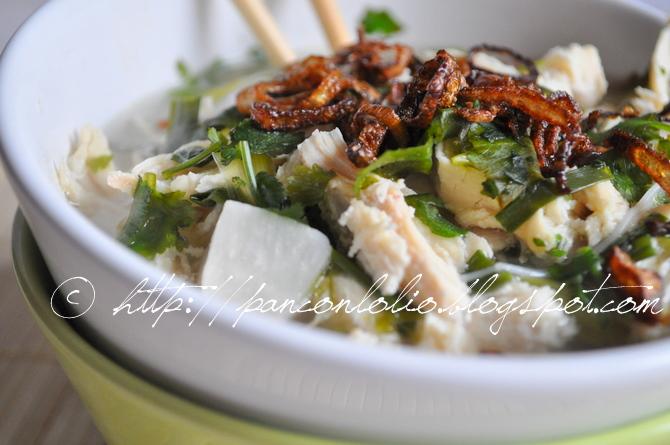 zuppa di pollo allo zenzero e vermicelli di riso