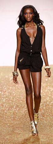 Moda mujer verano 2010, Baby Phat