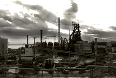 Ferro..... (sandrodemo66) Tags: italy tuscany controluce ferro fabbrica piombino sandrodemo66