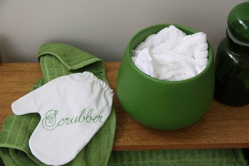 Apple Green Scrubber