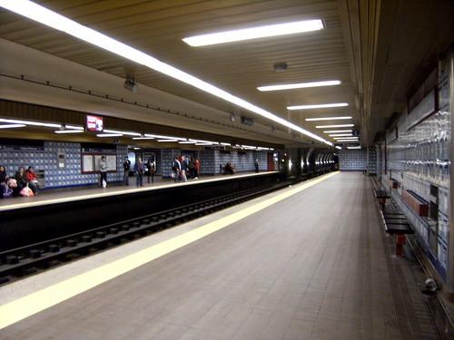 Metro de Lisboa:Estação Colégio Militar