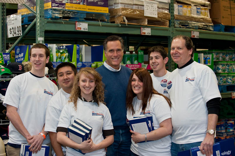 Romney volunteers
