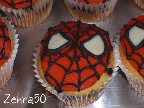 spiderman kup cake
