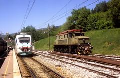 ETT 21 + 626 006  Stia  07.05.09 (w. + h. brutzer) Tags: italien analog train nikon italia eisenbahn railway zug trains fs stia eisenbahnen triebzug triebzüge webru