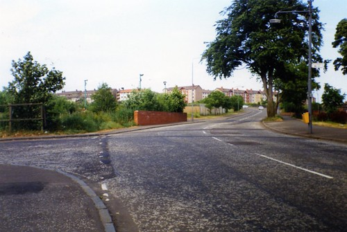 Gartcraig Road, leading to Motorway (formerly the canal) 1994