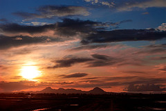 Sunset over the Sutter Buttes (Anthony Dunn Photography) Tags: california sunset clouds valley sutter sacramento northern sutterbuttes buttes