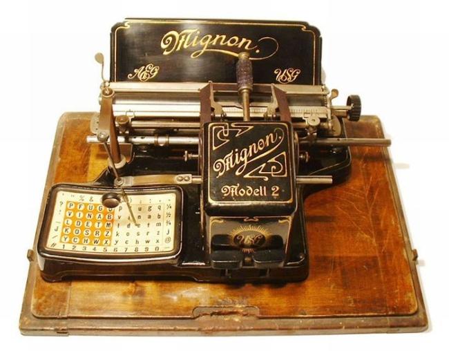 typewriter_31
