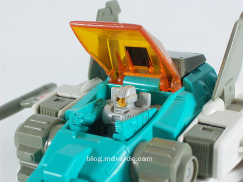 Transformers Brainstorm G1 - modo alterno