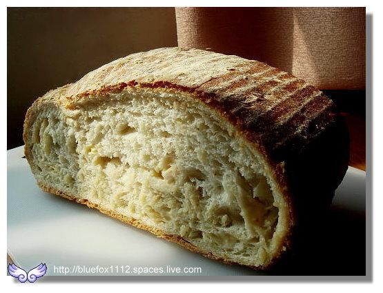 100314哈肯舖07_巨木麵包