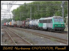 Y otro mercante mas (Powell 333) Tags: france train canon tren trenes railway trains cargo powell railways freight 2600 contenedor contenedores sncf teco ferrocarril intermodal mercante sybic ffcc mercancias mercancia mercanca 26192 mercancas mercantes