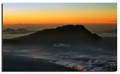 Mt. Kinabalu Sunrise (Nora Carol) Tags: sunrise airplane mt flight sabah kinabalu airasia malaysianphotographer noracarol sabahanphotographer landscapephotographerfromsabah womanlandscapephotographer womaninphotography alsothisismineihopeyouwontblamemetorevisitmyphotohaha